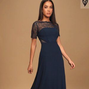 Lulu's navy blue gown